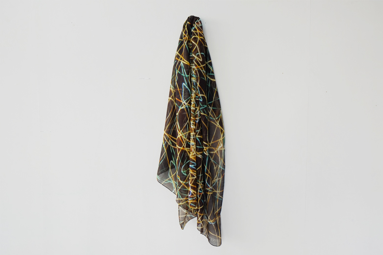 光の軌道 (Beam) のスカーフ / カースティン・スチュワート
