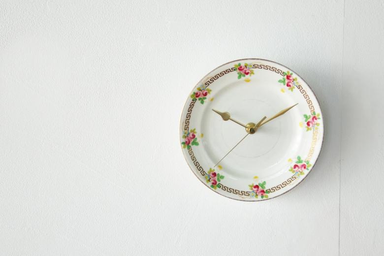ヴィンテージのお皿の時計 / ルイーズ・バカン