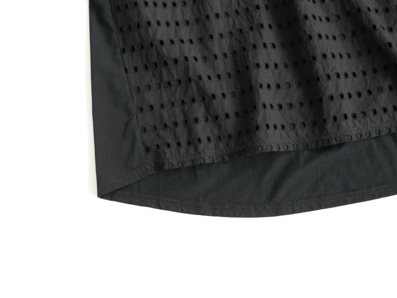 72/1オーガニックコットンコンパクト微強撚天竺×60/1小窓刺繍 切替プルオーバー P92119  prit