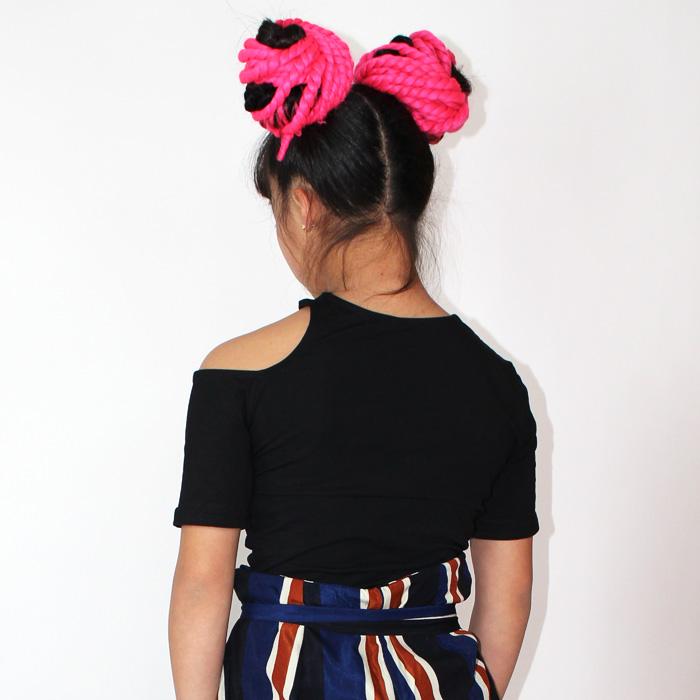 営業日は正午まで当日発送 肩あき 肩開き 半袖 Tシャツ ヒップホップ 女の子 ブラック キッズ〜大人 フリーサイズ(140cm〜大人) ネコポス配送(275円)可能