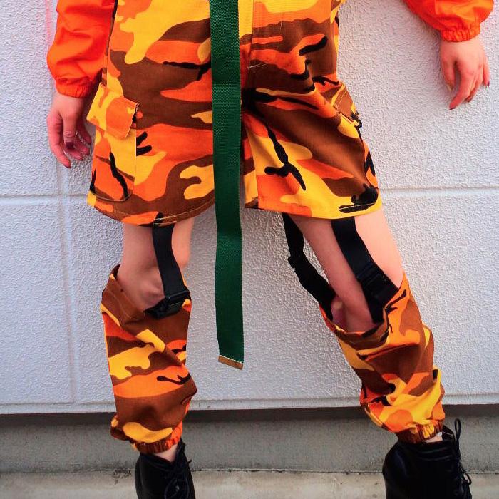 〔取寄せ納期1週間〕 カモフラ ボトムス バックル ベルトアレンジ カーゴパンツ 迷彩パンツ ロングパンツ ハーフパンツ バスパン ショートパンツ ヒップホップ 女の子 男の子 迷彩柄 カモフラ