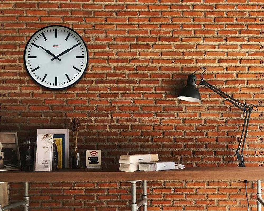 CLOUDNOLA | Factory Black Station Clock ファクトリーステーションクロック
