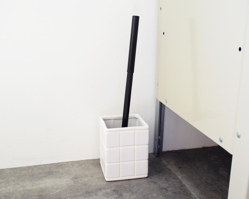 PUEBCO   CERAMIC BATH ENSEMBLE Toilet Brush セラミックバスアンサンブル トイレブラシ