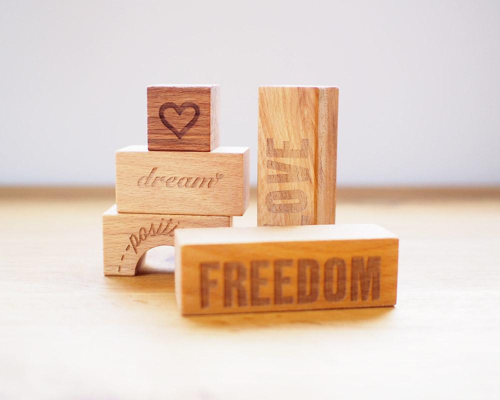 Wooden Story | Peace & Love Block (29pcs)  ピース&ラブ・ブロック/積み木
