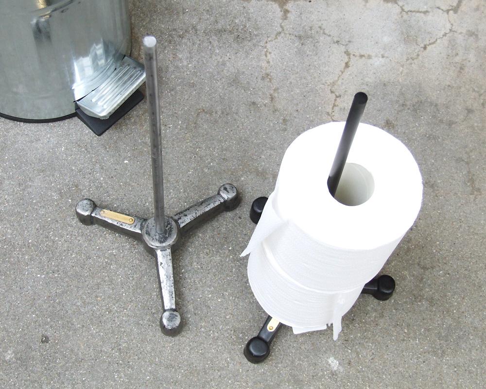 PUEBCO | TOILET PAPER HOLDER  トイレットペーパーホルダー
