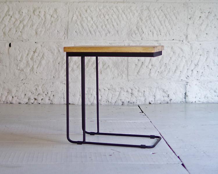 LIFE FURNITURE   U IRON SIDE TABLE Uアイアンサイドテーブル