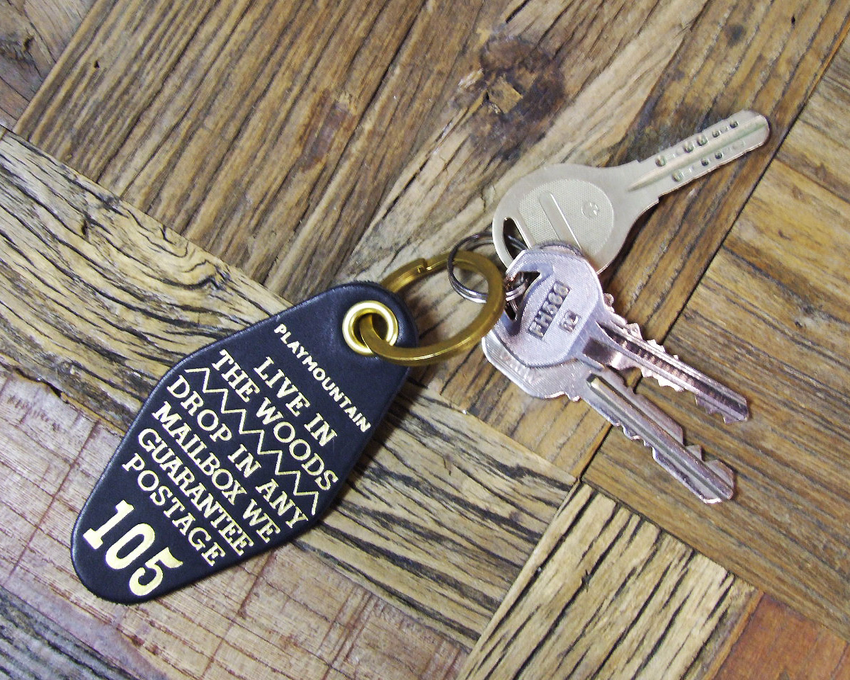"Landscape Products | ""Live In The Woods"" Key Holder レザーキーホルダー"