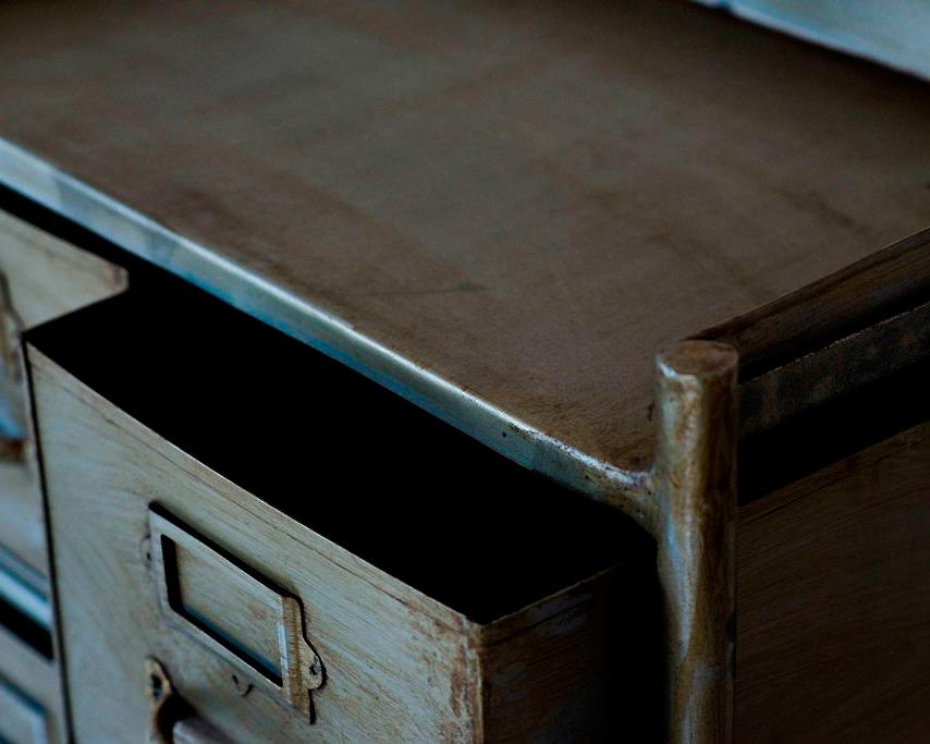 journal standard Furniture | GUIDEL 3DRAWER CHEST SILVER ギデル3ドロワーチェスト シルバー