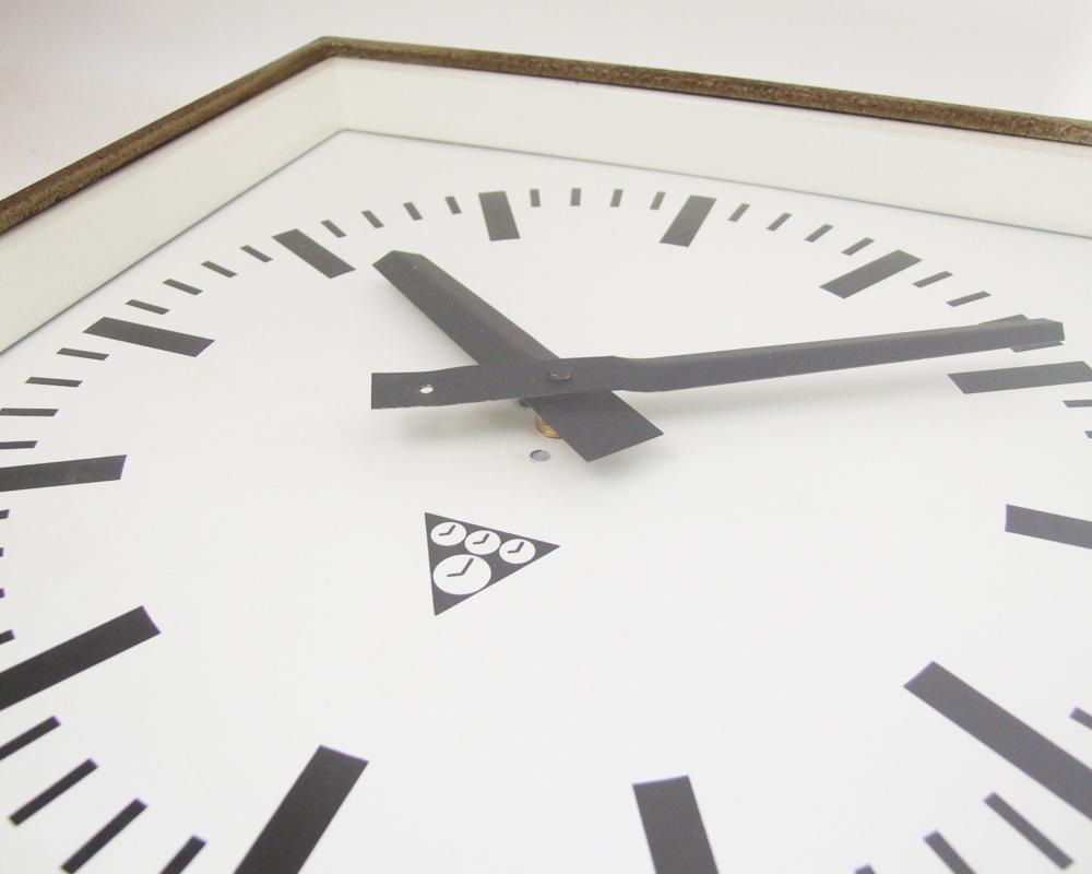 Pragotron   Square Wall Clock  ヴィンテージウォールクロック