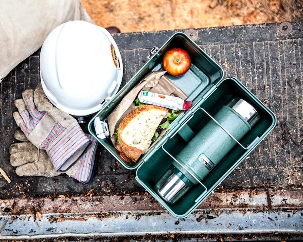 STANLEY   Classic Lunch Box 9.4L Navy クラシックランチボックス 9.4L ネイビー
