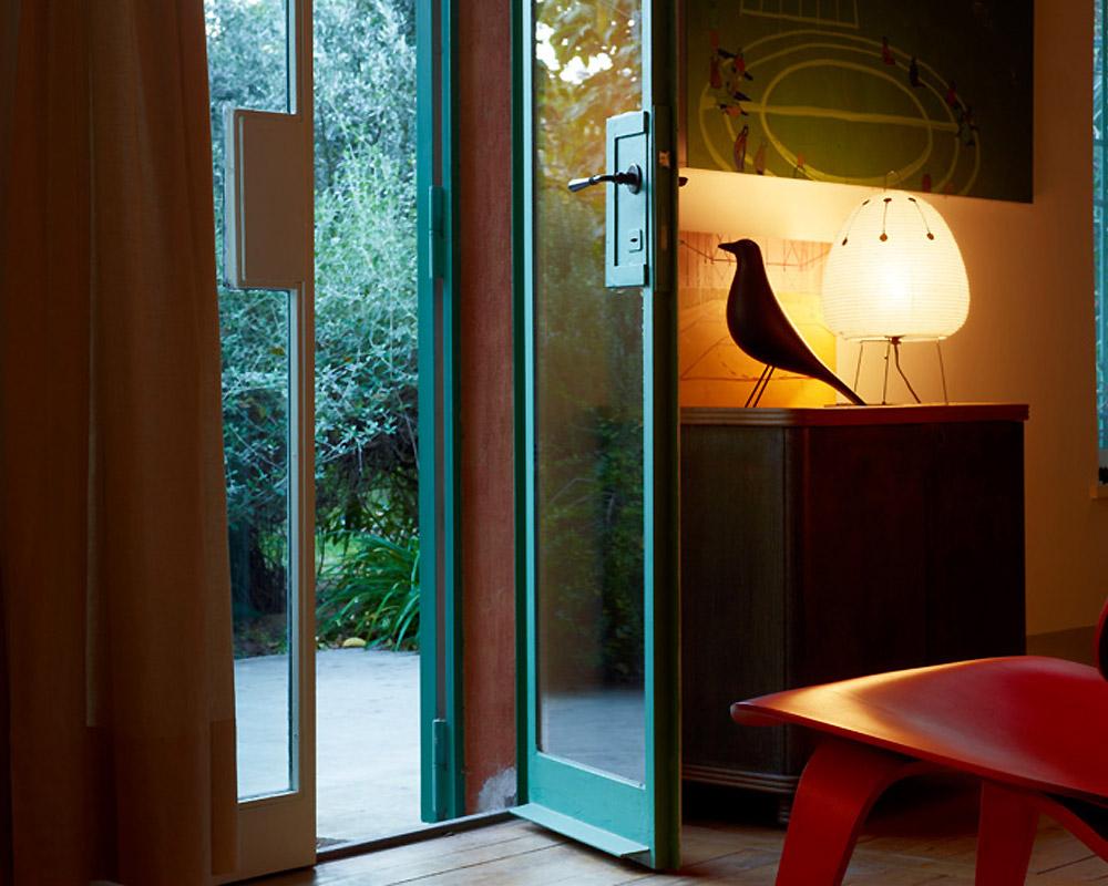 vitra   Eames House Bird Walnut イームズハウスバード ウォールナット