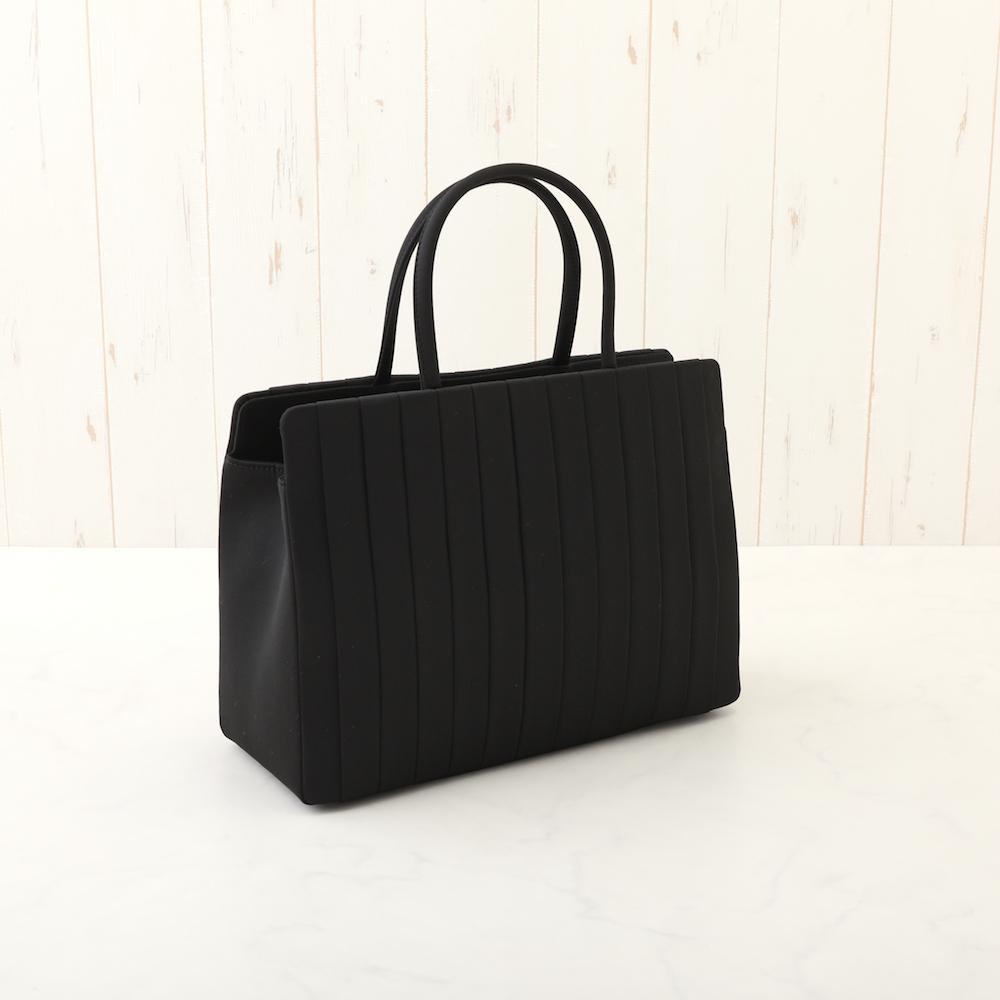[商品番号5220801]大きめのプリーツデザインバッグ 50%オフ