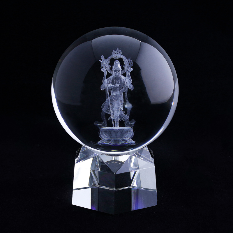 【3Dクリスタル】六字明王(立体彫刻)水晶丸玉 台座付きセット