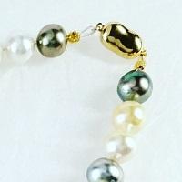 「送料完全無料!!」<br> 南洋白蝶真珠ネックレス<br> 細部まで美しい手作りアクセサリー <br>