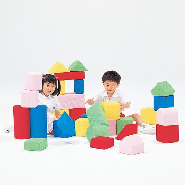 ソフトで洗える積み木 キルディブロック(15cm基尺)Aセット(30個)