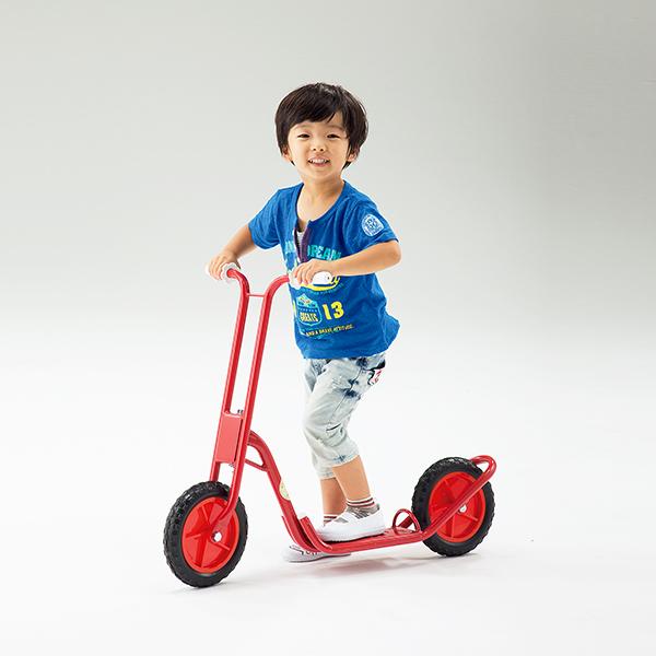 キックボード 2輪タイプ 子ども用 バランス感覚 運動神経の発達に 二輪スクーター