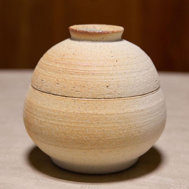 高島李恵さんの塩壺 小