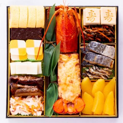 【送料無料】4~5人前目安 おせち「博多」+金堀シェフのカレーソース