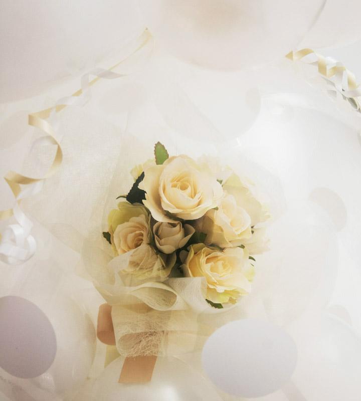 ホワイトローズのラッピングバルーン【お祝いやパーティーのバルーン電報・装飾】