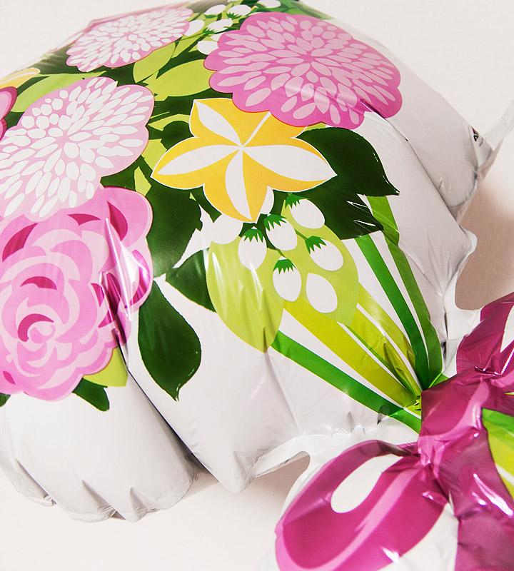 大きな花束とイエローフラワート【お見舞いのバルーン電報】