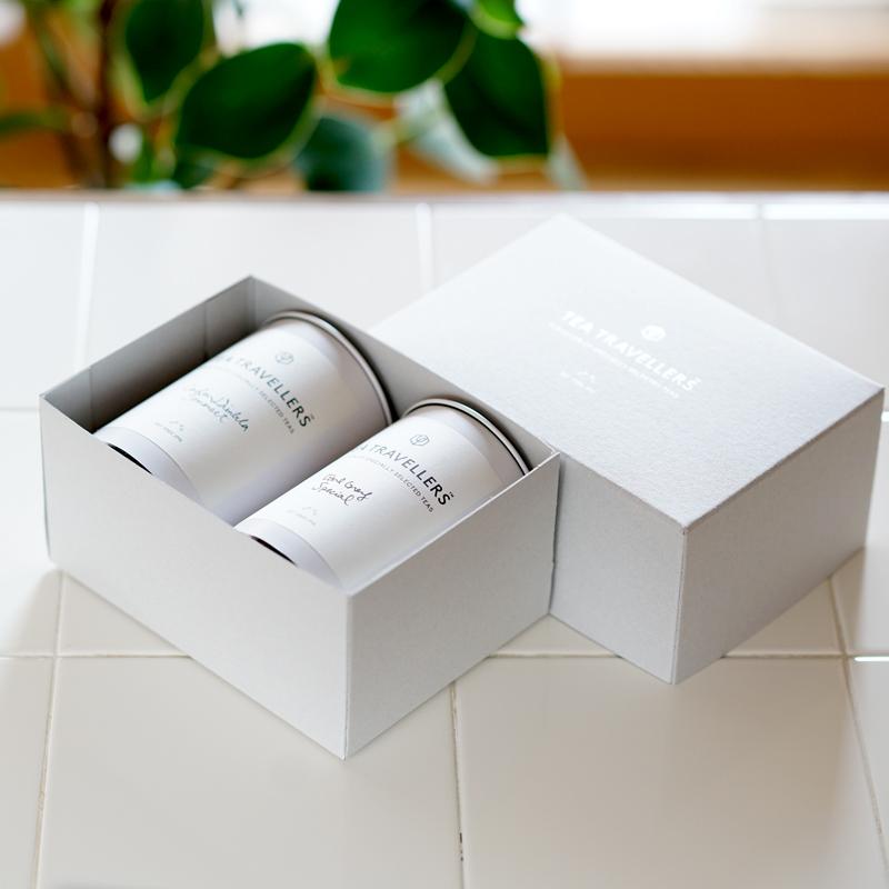 ダージリン60g缶+アールグレイ80g缶 (付属品:お茶の入れ方リーフレット・ギフトボックス・ショッピングバッグ)