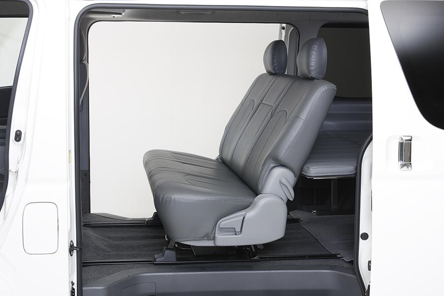 ハイエース 200系<br>セカンドシートロングスライドレール<br>専用マット付きセット