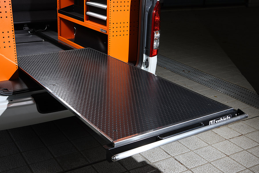 ハイエース 200系 標準ボディ用 / ワイドS-GL用<br>スライドフロア