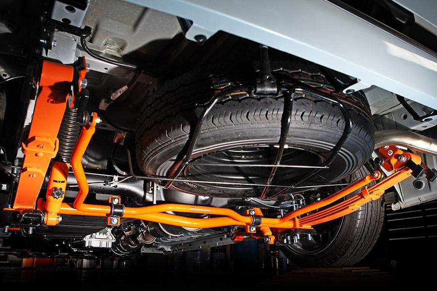ハイエース 200系 2WD/4WD用 <br>リア追加スタビライザー