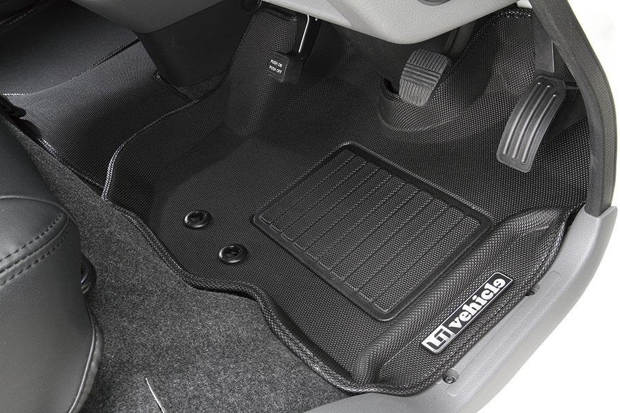 NV350 キャラバン プレミアムGX用<br>3Dラバーマット フロント 3ピース