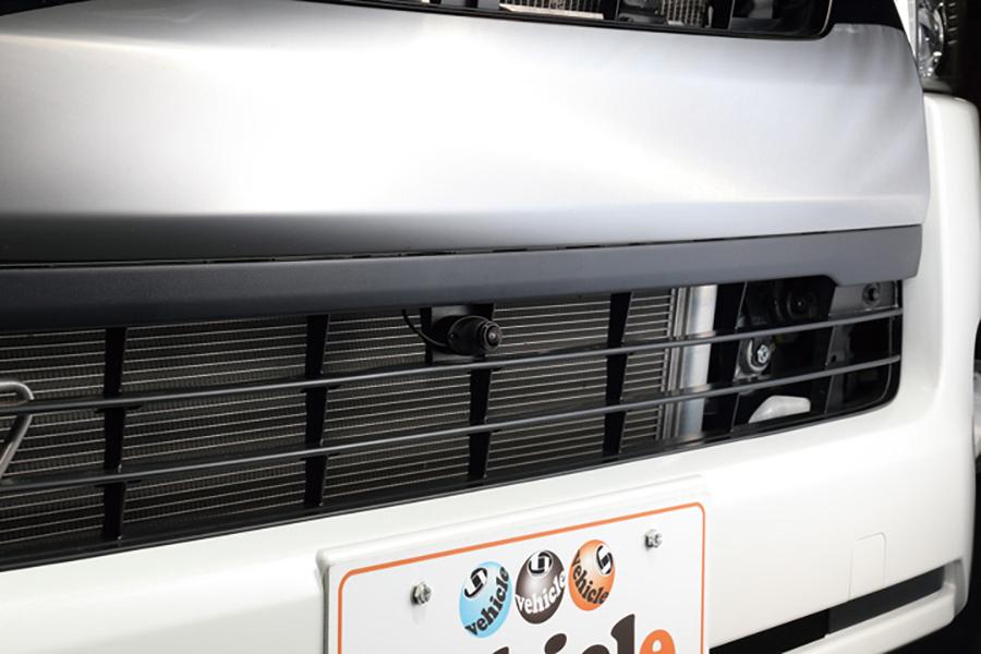 ハイエース 200系<br>フロント&サイドカメラ