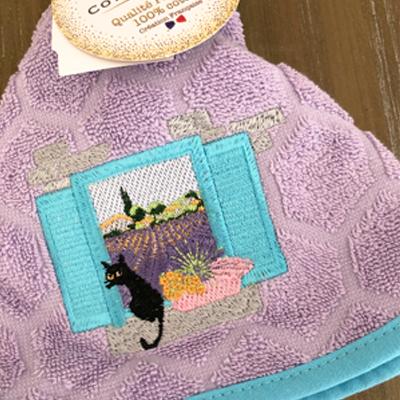 南仏プロヴァンス・ネコとラベンダー畑の円形タオル・ライトパープル /50cmサイズ 【フランスキッチン雑貨】