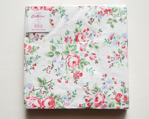 SOLD OUT Cath Kidston ランチペーパーナプキン/Chelsea Roses white 20枚入
