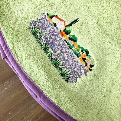 南仏プロヴァンス・ラベンダー畑の刺繍入り円形タオル ライトグリーン 70cmサイズ 【フランスキッチン雑貨】