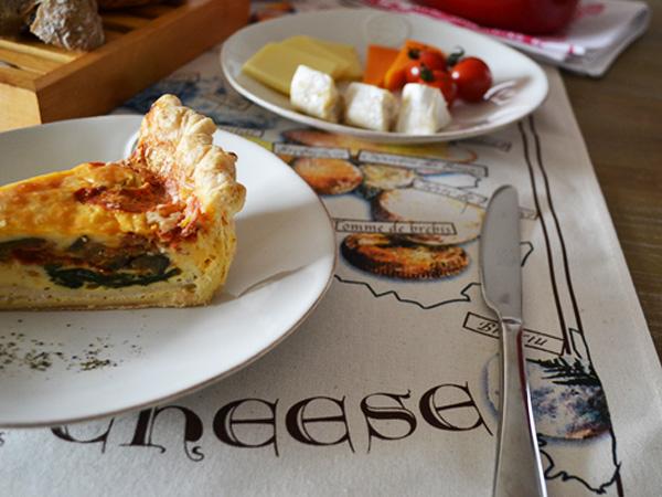 ティータオル│フランスチーズの種類・チーズの地図│お皿の水切り・ポスターに