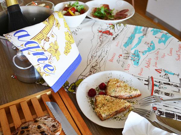 ティータオル│ハンドメイドの生地としても使えるオシャレな南仏コートダジュール│お皿の水切り・ポスターにおすすめ