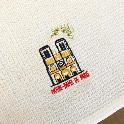 新入荷!!かわいいBAGに入ったパリ・ノートルダム大聖堂刺繍入りキッチンクロス 【フランスキッチン雑貨】