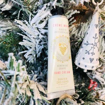 リニューインググレープの香り/フランス製ハンドクリーム・南仏プロヴァンスのブランド・パニエデサンス・【Panier des Sens】乾燥・保湿に。プチプラギフトにおすすめ