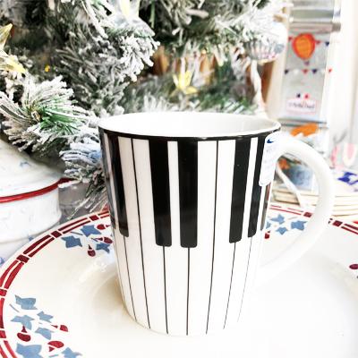 かわいいピアノのマグカップ・Piano<ギフトグッズ>