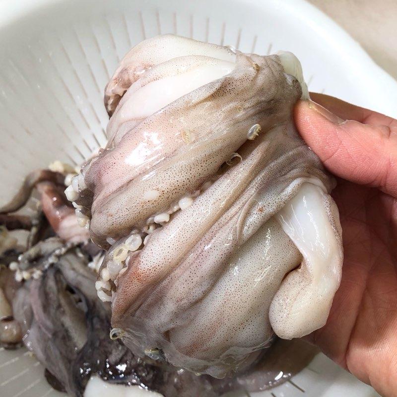 いかげそ(赤イカ) 2kg  いか足君 【焼物・揚物・煮物・バーベキューなど用途色々】 国産イカゲソ 【冷凍便】