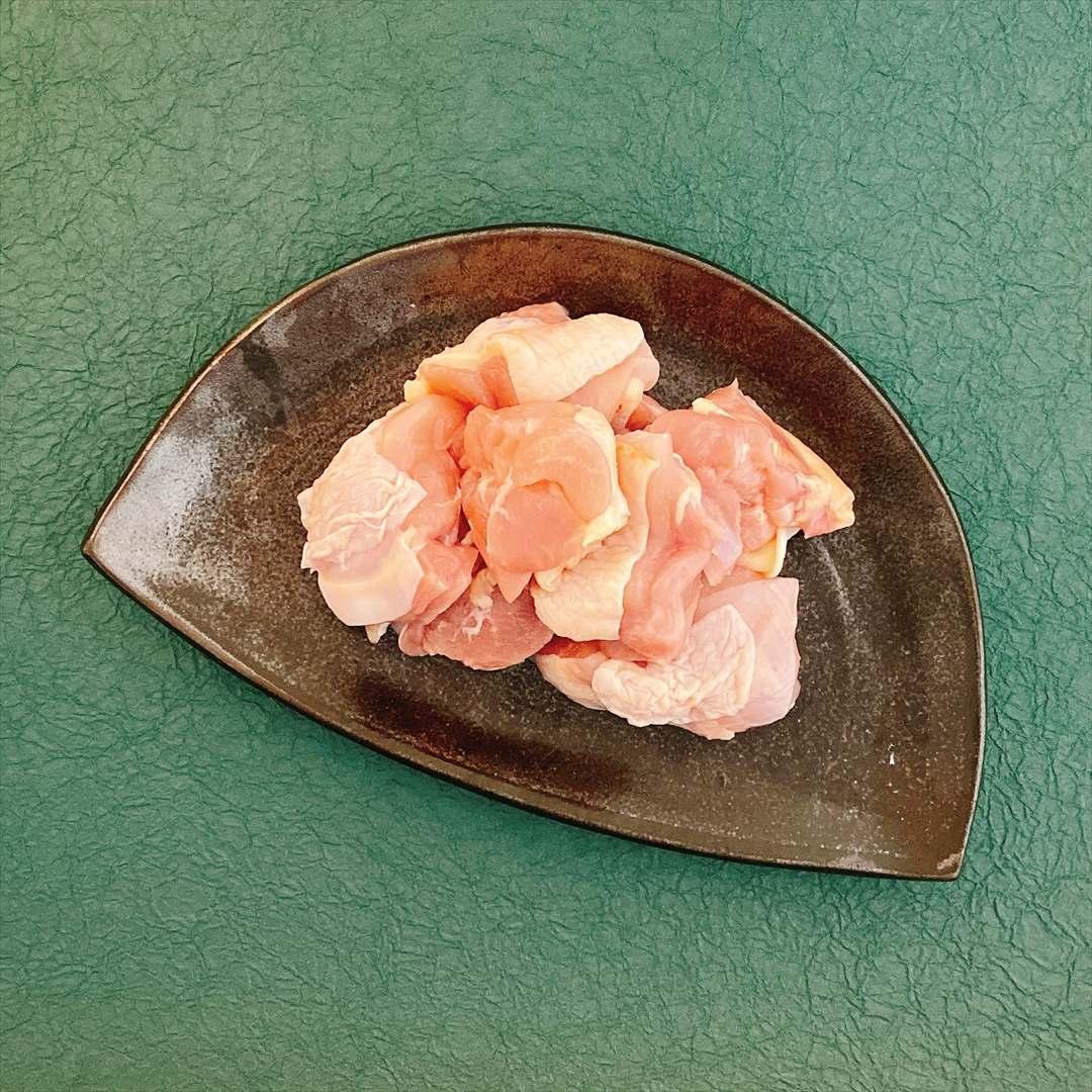 ≪冷凍≫国産若鶏<br>もも肉ぶつ切り(250g入)