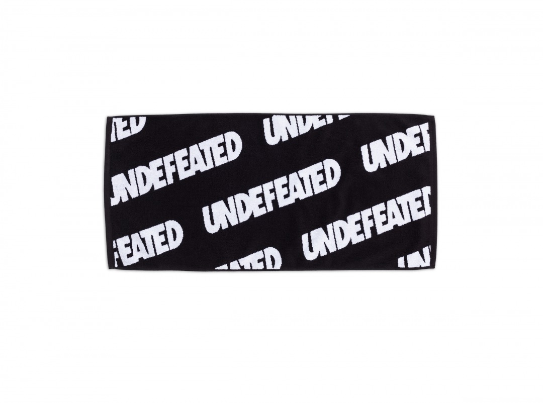 【SALE】UNDEFEATED REPEAT HAND TOWEL
