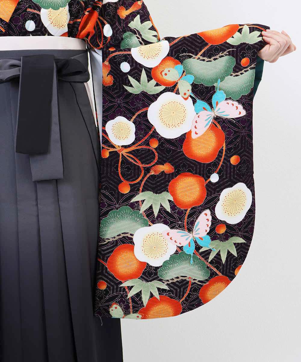 |送料無料|【対応身長157cm〜165cm】【レトロ】卒業式レンタル袴フルセット-1241|マルチカラー|花柄|蝶|梅|松|黒|オレンジ|グ