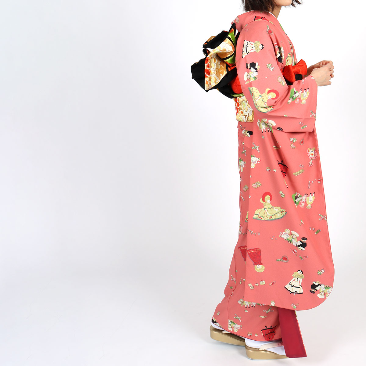 【成人式】 [安心の長期間レンタル]【対応身長150cm〜165cm】レンタル振袖フルセット-893 レトロ ポップキュート ピンク系 人形 総柄