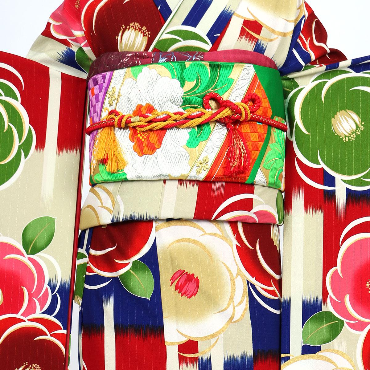 【成人式】 [安心の長期間レンタル]【対応身長155cm〜170cm】レンタル振袖フルセット-896 花柄 レトロ ポップキュート 赤系 緑系 牡丹 格子 総柄