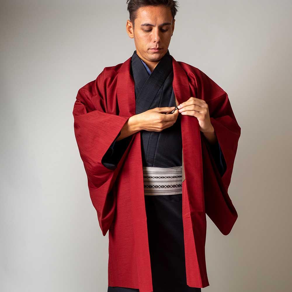 |送料無料|メンズ着物アンサンブル【対応身長165cm〜175cm】【 Mサイズ】フルセットー着物ブラック×羽織レッド|往復送料無料|和服|お