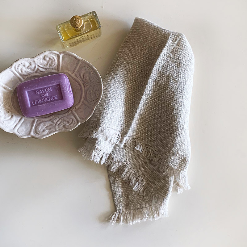 VIENAS DU TRYS Hand towel white ヴィエナス・ドゥ・トゥリス ハンドタオル ホワイト