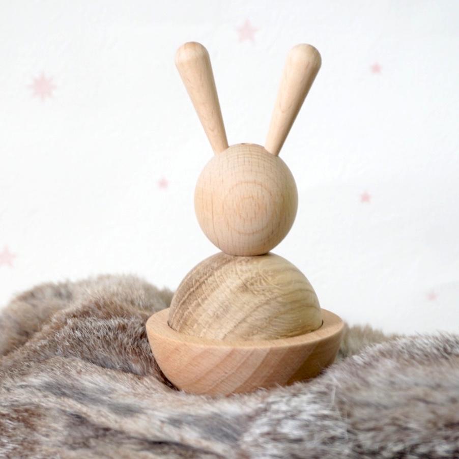 oyoy// 木製うさぎのおもちゃ