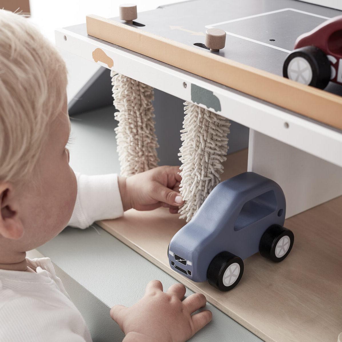 kids concept //木製おもちゃのクルマ(SUV/color)