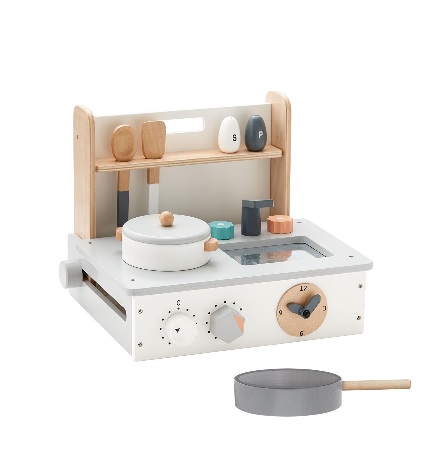 kids concept //木製おもちゃのミニキッチン