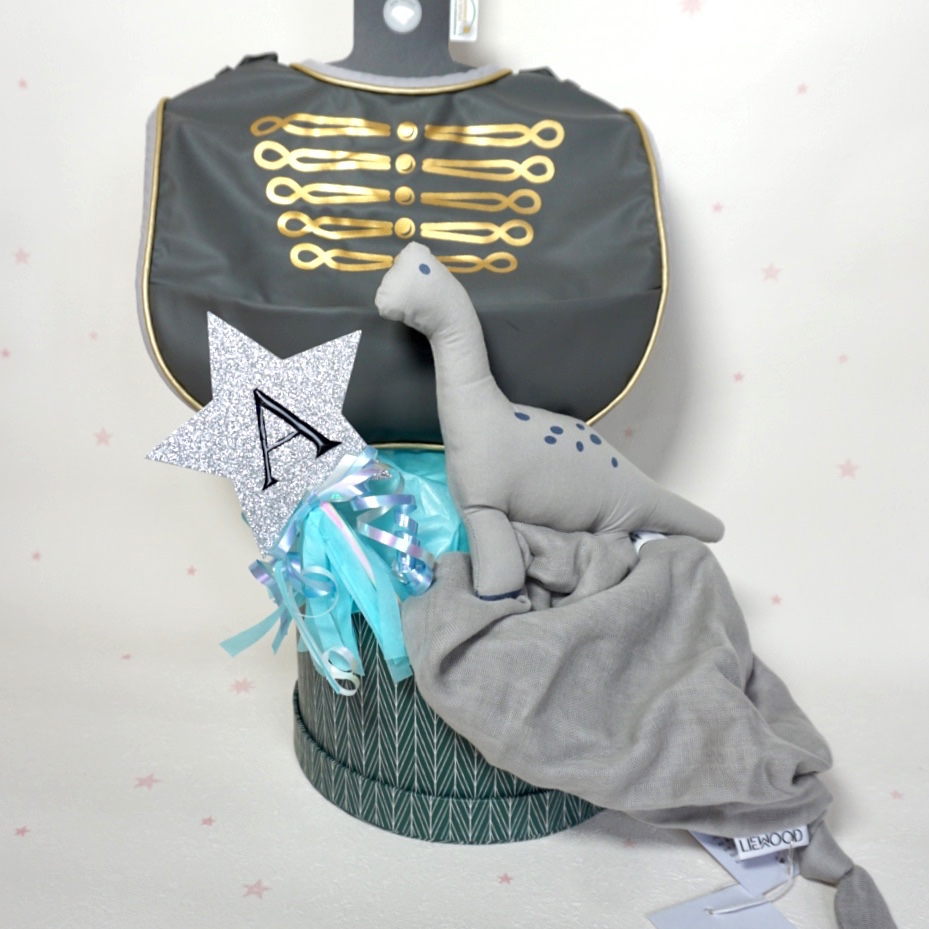 【ギフト特典】Elodie Details食事スタイと恐竜タオル /3